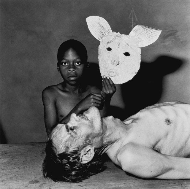 "Roger Ballen, from ""Shadow Chamber"". Source: lannassignment2.wordpress.com/"