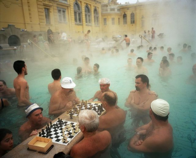 HUNGARY. Budapest. Szechenyi thermal baths. 1997.